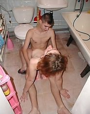 Barely legal male bangs older redheaded woman in bathroom