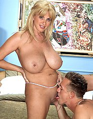 Mature MILF pleases with mouth and huge tits